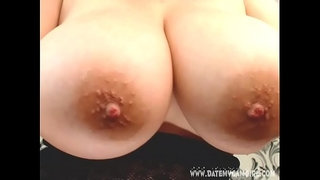 Camslut-MissyStylez6-showing-het-big-tits-on-cam