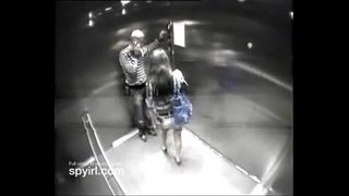 Couple-having-sex-on-Hotel-Elevator-get-caught-on-Hidden-Camera