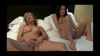 Mother-and-daughter-masturbating-together