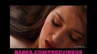 Dani-Daniels-is-drop-dead-gorgeous-and-loves-to-masturbate
