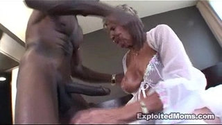 78yr-old-Hot-Grandma-gets-fucked-in-the-Ass-in-in-Amateur-Granny-Video