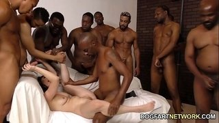 Casey-Calvert-Gets-Assbanged-By-Black-Guys